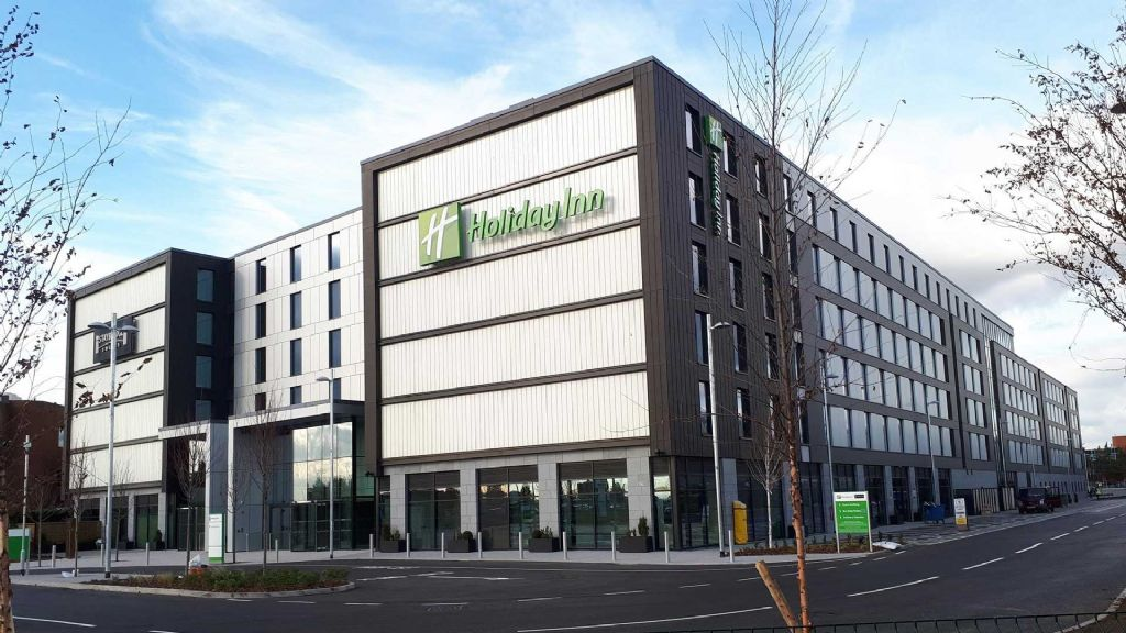 1 holiday inn london