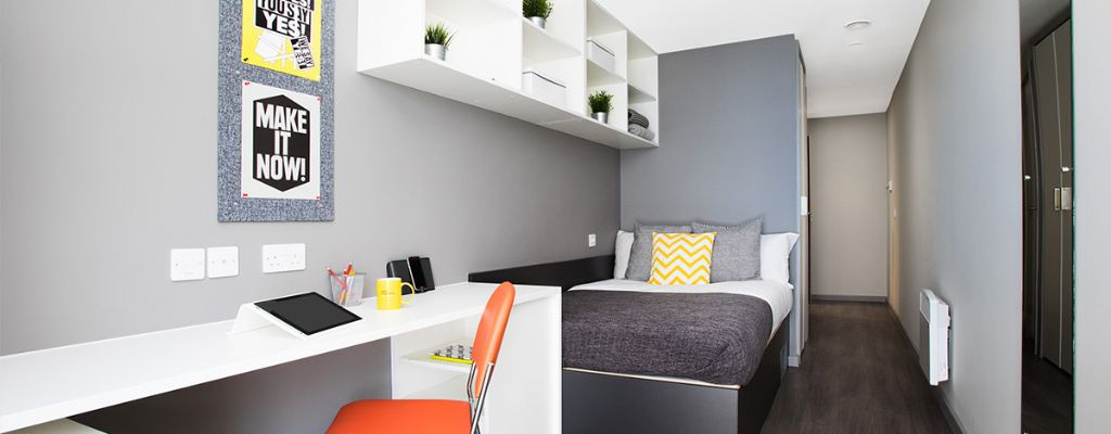 Newgate-bedroom-slider-2
